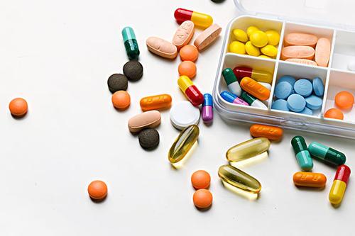 重庆市药品监督管理局关于7批次药品不符合规定的通告